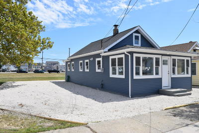 Seaside Park Multi Family Home For Sale: 1908 N Bayview Avenue