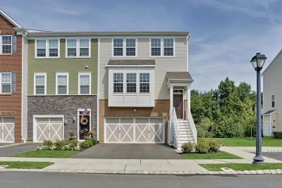 Eatontown NJ Condo/Townhouse For Sale: $475,000