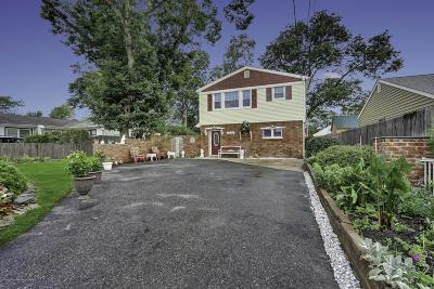 Point Pleasant Single Family Home For Sale: 3127 Pocahontas Avenue