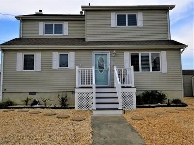 Brick Single Family Home For Sale: 107 Vanard Drive