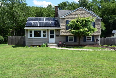 Middletown Single Family Home For Sale: 15 Millbrook Drive