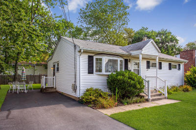 Hazlet Single Family Home For Sale: 35 Winthrop Place