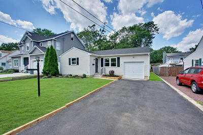 Point Pleasant Single Family Home For Sale: 1103 Curtis Avenue