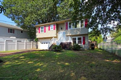 Middletown Single Family Home For Sale: 36 Day Avenue