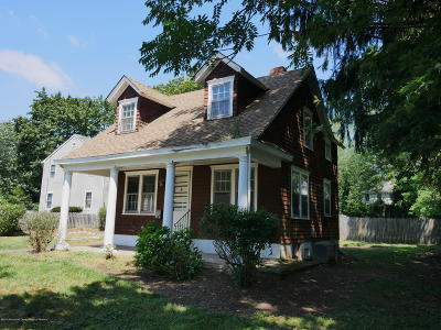 Middletown Single Family Home Under Contract: 4 Railroad Avenue