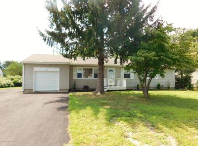 Toms River Single Family Home For Sale: 1416 Broadway Boulevard