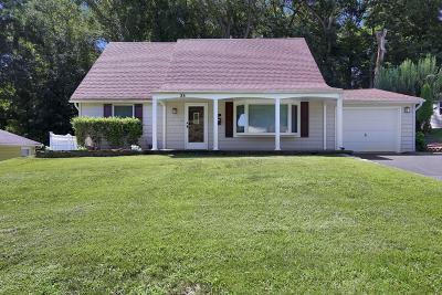 Aberdeen Single Family Home For Sale: 35 Juniper Place