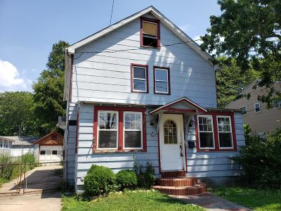 Keansburg Single Family Home Under Contract: 64 Willis Avenue
