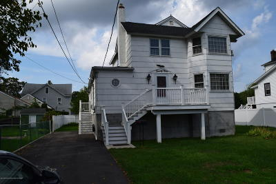 Keansburg Single Family Home For Sale: 29 Maple Avenue