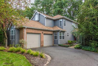 Monroe Single Family Home For Sale: 71 Fairway Boulevard