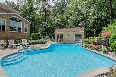 Morganville Single Family Home For Sale: 65 Devonshire Drive