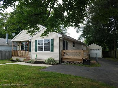 Keansburg Single Family Home For Sale: 132 Forest Avenue
