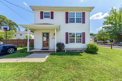 Monmouth County Single Family Home For Sale: 450 Myrtle Avenue