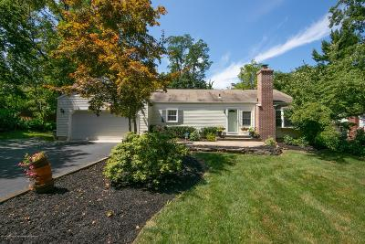 Middletown Single Family Home For Sale: 44 Lenape Trail