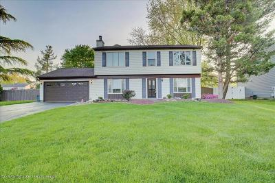 Manalapan Single Family Home For Sale: 19 Plymouth Lane