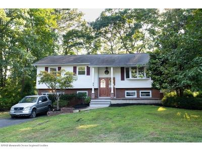 Manalapan Single Family Home For Sale: 31 Holiday Road