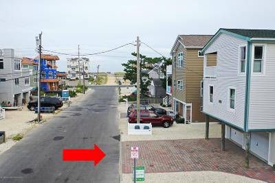 Long Beach Twp Single Family Home For Sale: 8 Carolina Avenue