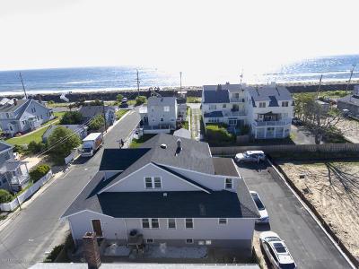 Sea Bright Multi Family Home For Sale: 2 Via Ripa