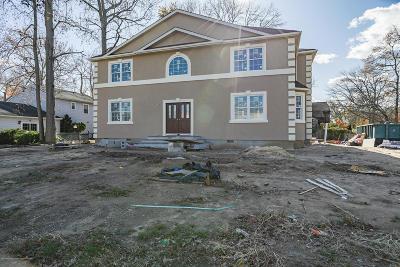 Matawan Single Family Home For Sale: 307 Springlawn Avenue
