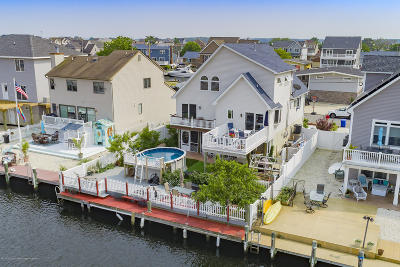 Toms River Single Family Home For Sale: 332 Maria Drive