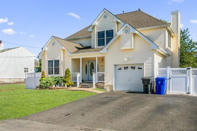 Toms River Single Family Home For Sale: 3272 Oceanic Drive