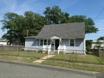 Hazlet Single Family Home For Sale: 84 Compton Avenue