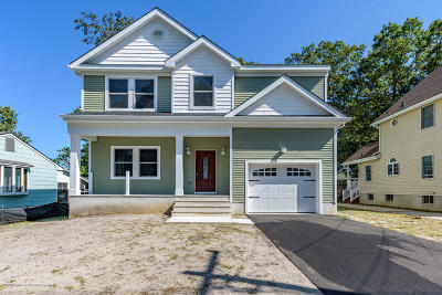Island Heights Single Family Home For Sale: 112 Jaynes Avenue