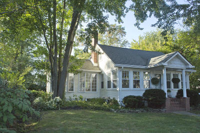 Beachwood Single Family Home For Sale: 144 Pacific Avenue