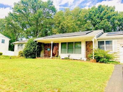 Howell Single Family Home For Sale: 18 S Westfield Road