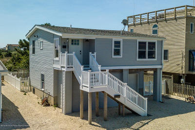 Long Beach Twp Single Family Home For Sale: 42 W Tebco Terrace