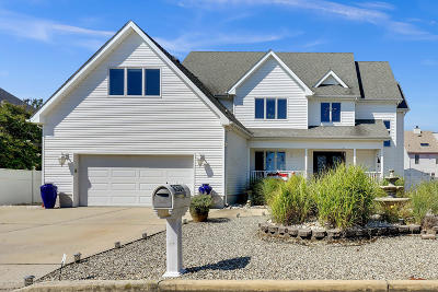 Toms River Single Family Home For Sale: 3308 Long Point Drive