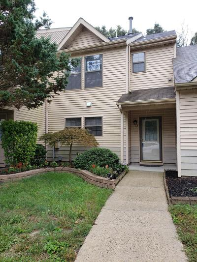 Jackson Condo/Townhouse For Sale: 137 Whispering Oaks Way