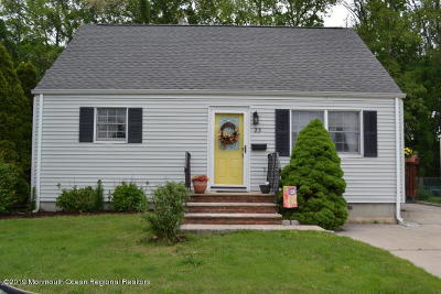 Hazlet Single Family Home For Sale: 23 Liberty Place