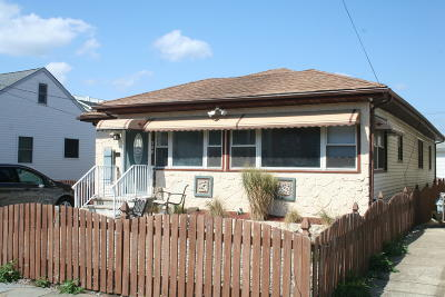 Seaside Heights Single Family Home For Sale: 208 Carteret Avenue