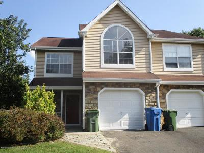 Tinton Falls Condo/Townhouse For Sale: 2 Shire Place