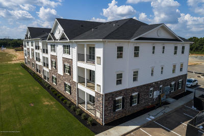 Monroe Condo/Townhouse For Sale: 521 Tavern Road