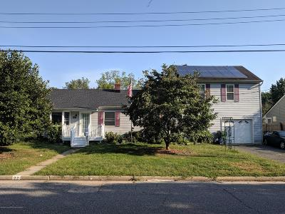Monmouth County Single Family Home For Sale: 22 Meadowbrook Avenue