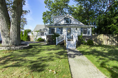 Point Pleasant Single Family Home For Sale: 905 Beaver Dam Road