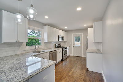 Point Pleasant Single Family Home For Sale: 2608 Oak Street