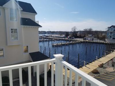 Condo/Townhouse For Sale: 342 Harbor View View #42