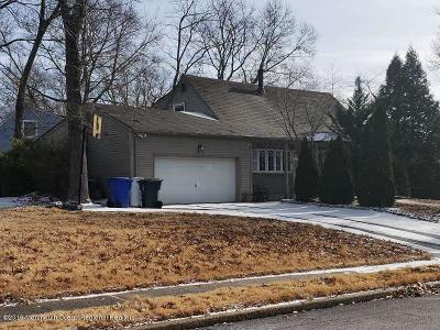 Toms River Single Family Home For Sale: 999 Green Hill Boulevard