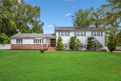 Middletown Single Family Home For Sale: 3 Michele Drive