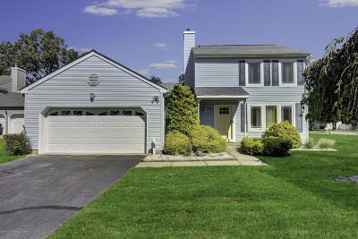 Toms River Single Family Home For Sale: 1258 Hereford Close
