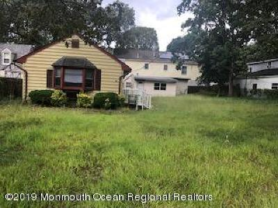 Toms River Single Family Home For Sale: 52 Chadwick Avenue