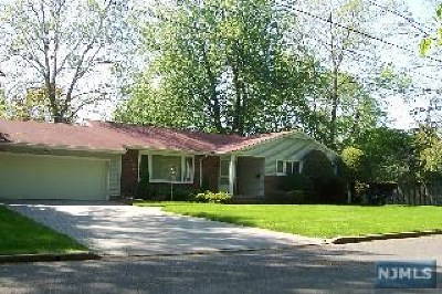 Closter Single Family Home For Sale: 60 Anderson Avenue