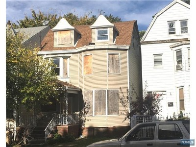 Newark NJ Single Family Home For Sale: $186,000