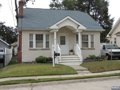 Single Family Home Sold: 44 Orchard Pl