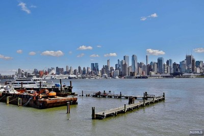 Weehawken NJ Condo/Townhouse For Sale: $485,000