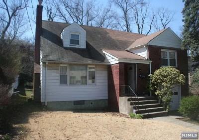 Teaneck Single Family Home For Sale: 100 Amsterdam Avenue