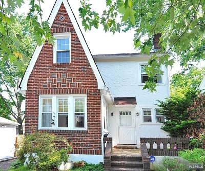 Tenafly Single Family Home For Sale: 15 Coleman Terrace